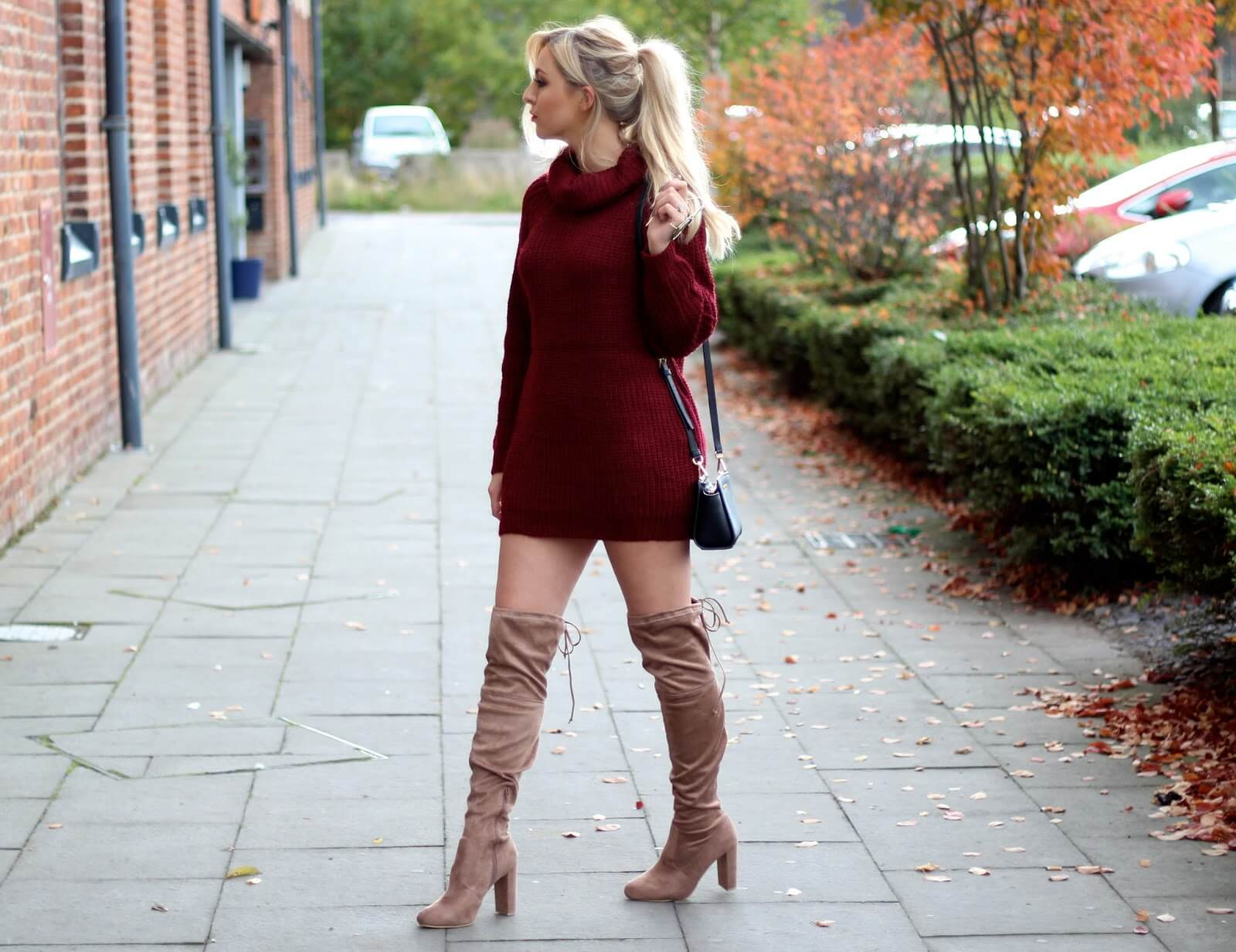 woolen dress with shoes, knee length shoes with sweaters